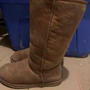 UGG Brown boots sz 9W